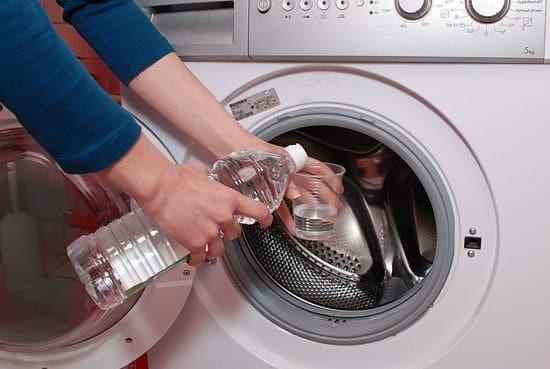Cum se efectueaza o curatare interior a masinii de spalat?